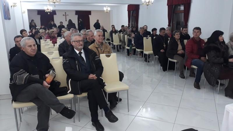 Brod- Vihorovo stihovanje- publika, pjesnici