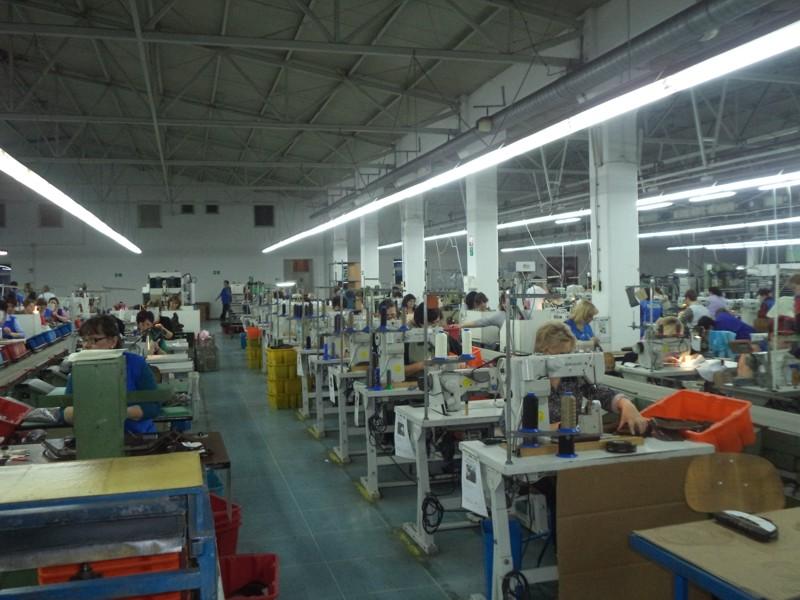 detalj iz proizvodnog pogona obuće firme SANINO,jpg